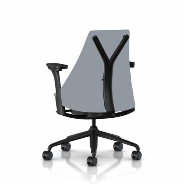 Sayl_Upholstered-Mid_Full-Option_Storm-Rug_Black-Frame_Black-Onderstel_Storm-Zitting_Black-Arms_A.jpg