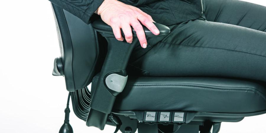 RH Logic 24/7 armrest adjustment
